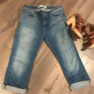 💙GAP Cropped and Cuffed Bootcut Jeans💙